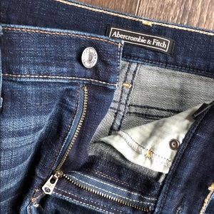 Abercrombie & Fitch Shorts - Abercrombie stretchy distressed denim shorts